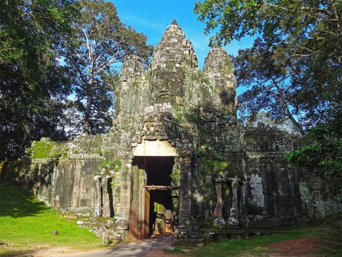 Angkor Thom Victory Gate