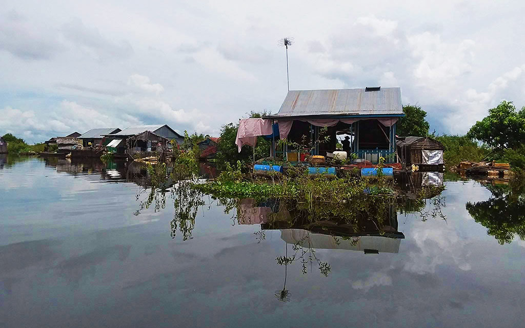 Mechrey floating Village Siem Reap