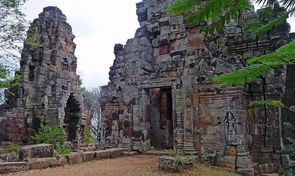 Phnom Banan Temples