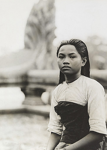 Apsara Dancer in front of Angkor Wat - Picture taken between 1919 and 1926