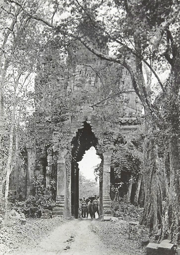 Historic picture of the North Gate to Angkor Thom