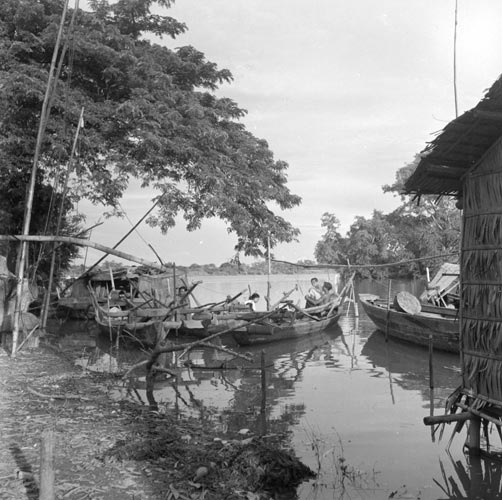Tonle Sap fishing village