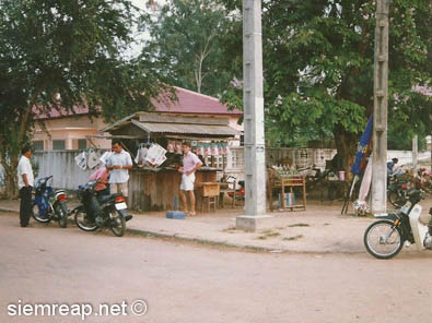 Siem Reap newspaper vendors, 1998