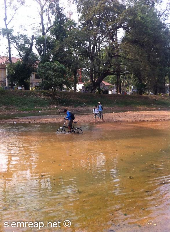 Cambodian water pedalo