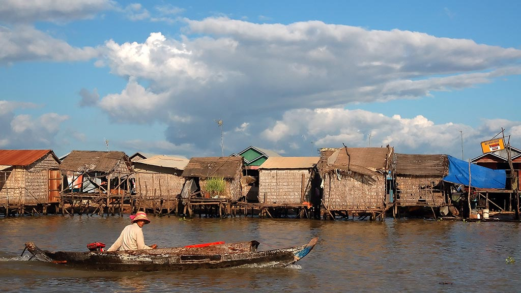 Floating village on the edge of Tonle Sap Lake