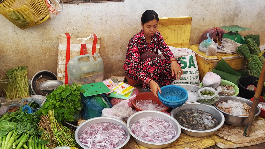 phsar leu Thom Thmey Market in Siem Reap, Cambodia