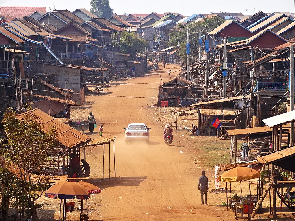 Kampong Khleang stilted village Siem Reap
