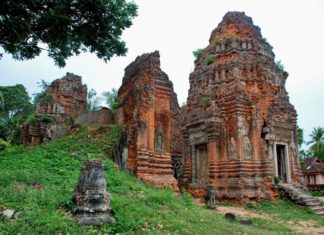 Lolei Temple, Roluos Group, Siem Reap, Cambodia