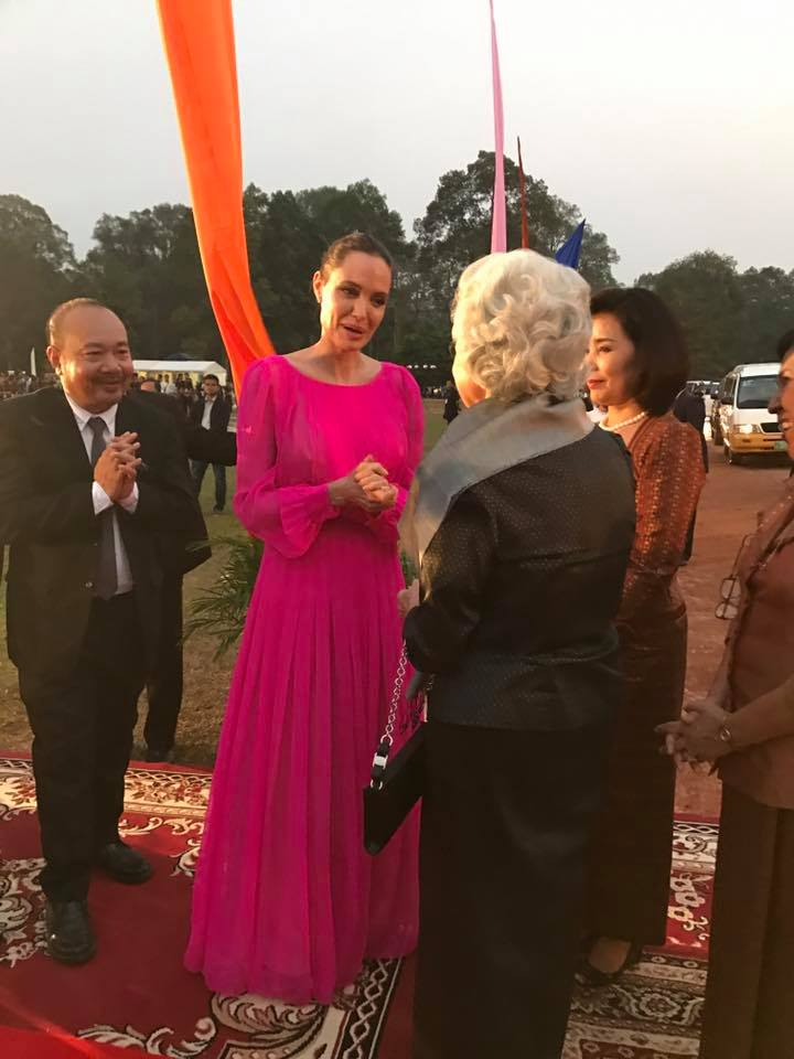 Director Angelina Jolie and co-producer Rithy Panh meeting Queen Mother Norodom Monineath