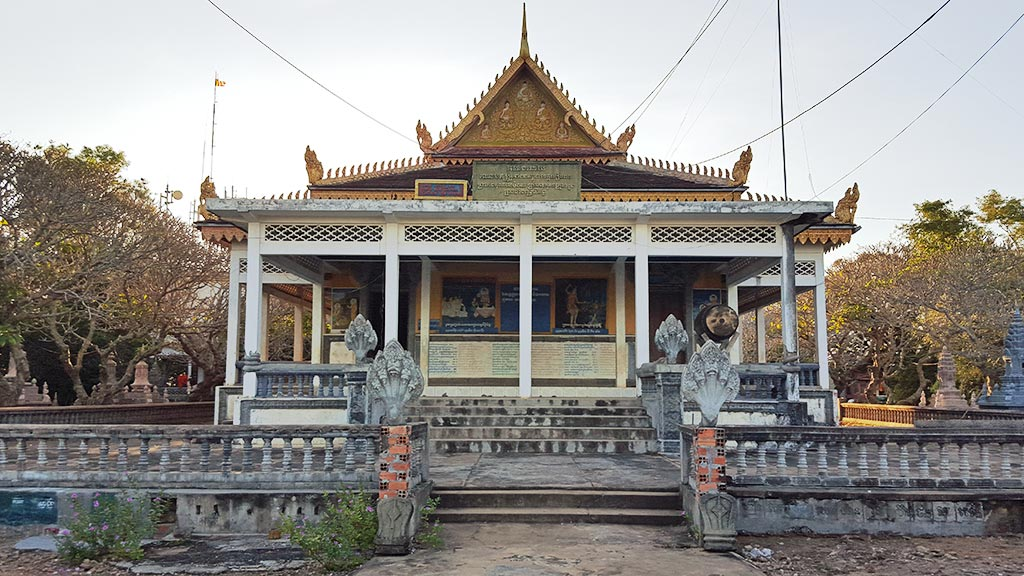 Modern pagoda on top of Phnom krom Mountain