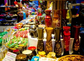 Souvenir shopping at Angkor Night Market in Siem Reap, Cambodia