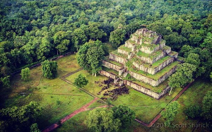 Koh Ker's seven-tiered pyramid, named Prang.