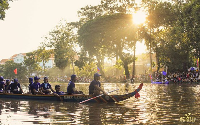 Boat racers during the Water Festival in Siem Reap, Cambodia